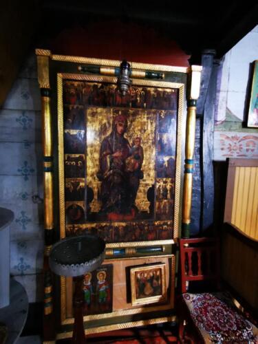 Biserica de lemn din Cristesti (12)